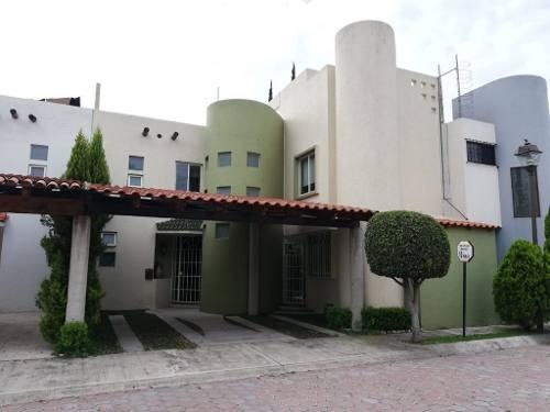 Casa En Renta En Fraccionamiento Rinconada De Morillotla