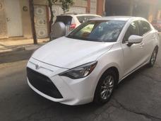 Toyota Yaris R Mid 2016