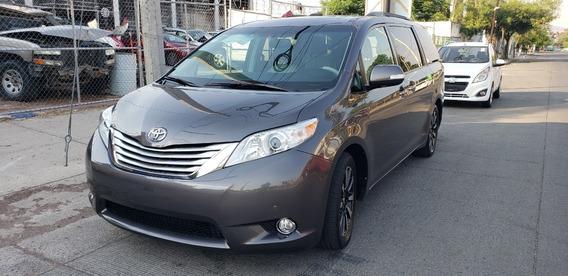 Toyota Sienna Limited Aseguradora
