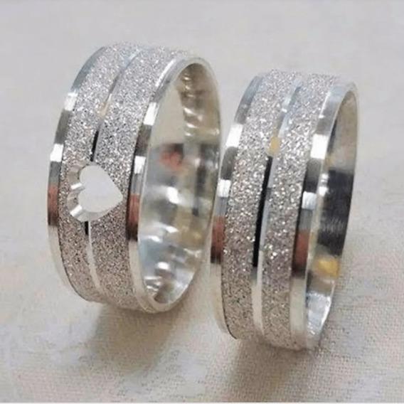 Par De Aliança De Prata Diamantada Com Coração Vazado 6mm