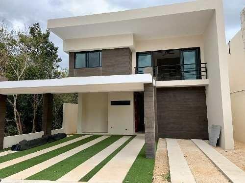Casa En Venta En Lagos Del Sol Cancun Quintana Roo