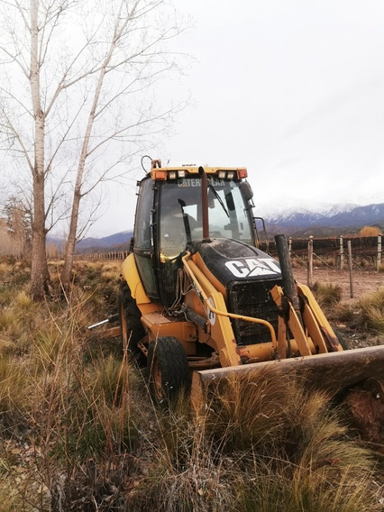 Retroexcavadora Caterpillar 416e 2011