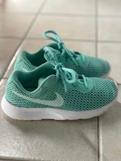 Zapatillas Nike Free, adidas