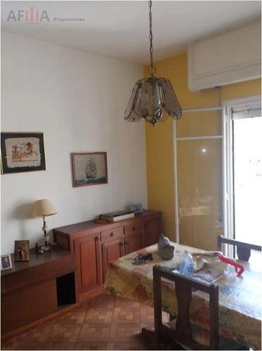 Venta Apartamento De Dos Dormitorios Garaje Terraza Cordón Montevideo