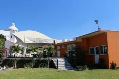 Casa En Venta En Fracc. Las Brisas / Temixco