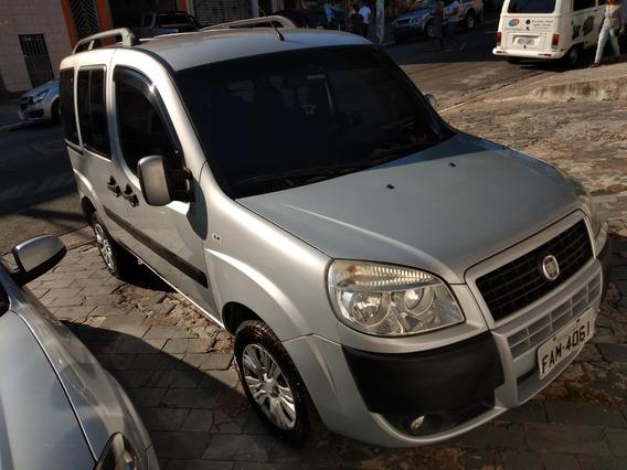 Fiat Dobló Attractive 1.4 Flex