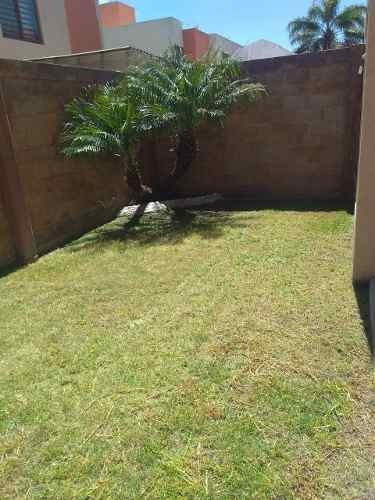 Casa Renta Puerta Real Impecables Condiciones Priv Alberca