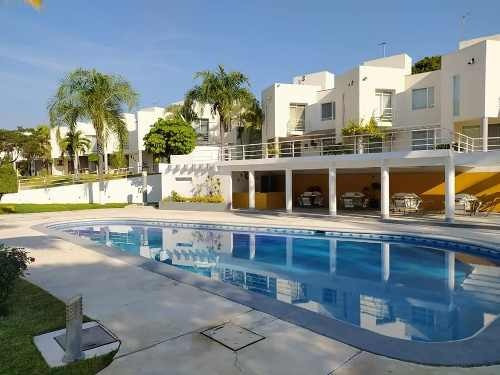 Preciosa Casa Con Alberca En Residencial Dos Rios Xochitepec