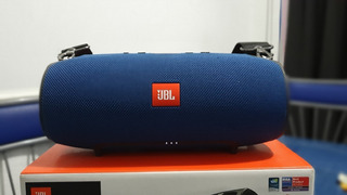 Parlante Jbl Xtreme Bluetooth Original C/caja Y Accesorios