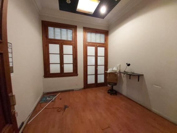 Alquilo Edifico Ubicadisimo En Peatonal Sarmiento