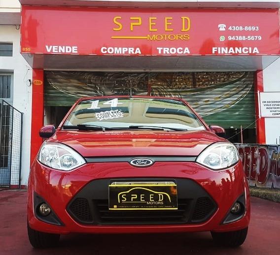 Ford - Fiesta 1.0 Flex - 2014 - Aceito Troca - Financio