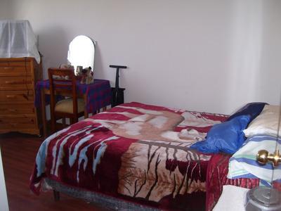Arriendo Habitación Sin Amoblar-departamento Sector Pomasqui