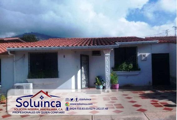 Amplia Casa, Sector San Juan De Lagunillas