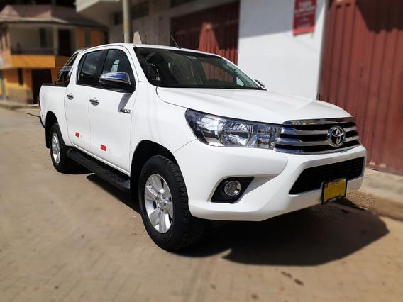 Toyota Hilux Srv 4x4 2019