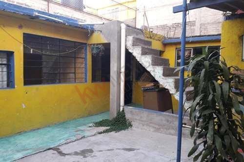 Casa En Venta Como Terreno Para Remodelar O Construir En Ciudad Nezahualcoyotl Estado De México
