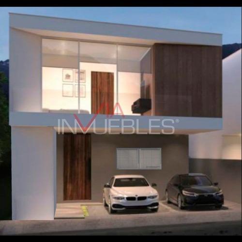 Casas En Venta En Pedregal La Silla, Monterrey, Nuevo León