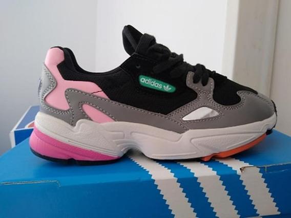 Zapatillas adidas Originals Falcon Cuero. Liquidacion!!