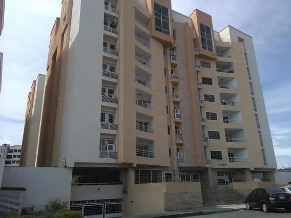 Venta De Apartamento En Bosque Alto Maracay Zp20-4183