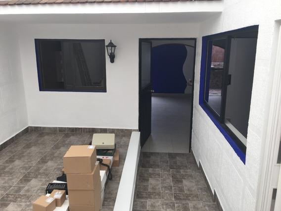 Excelente Casa De 3 Recámaras Con Opción A 4