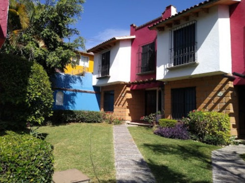 Casa En Condominio En Lomas De Cortes / Cuernavaca - Sor-7-cd