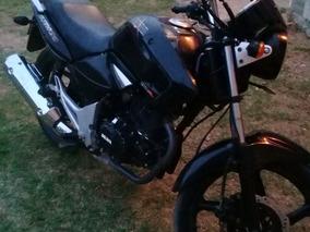 Brava Altino 2012 150cc. Negra Impecable.