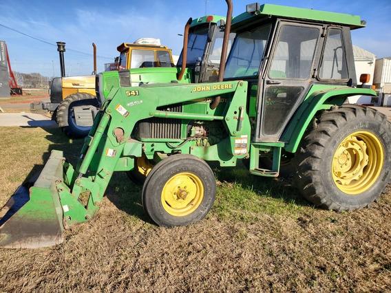 Tractor John Deere 5700 Simple Tracción Sin La Pala Frontal