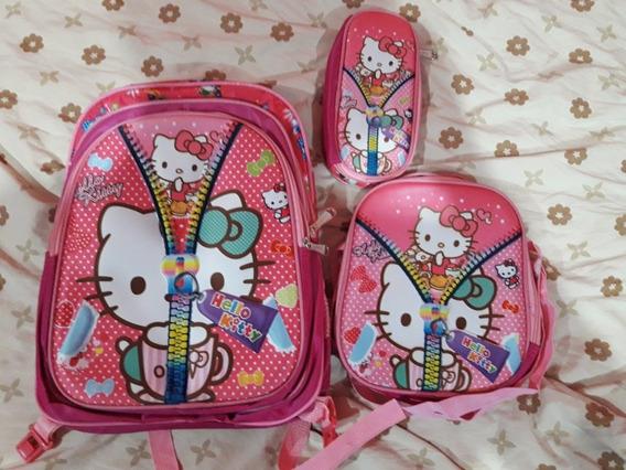 Mochila Hello Kitty Con Bolsito Y Estuchera