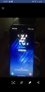 Celular S8 Com A Tela Trincada 64g 4g De Ram Funcionando Per