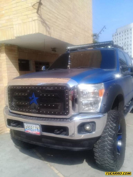 Ford F-250 Super Duty Doble Cabina