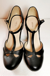 Zapato Para Mujer, Color Negro, Altos, Tacón Grueso.