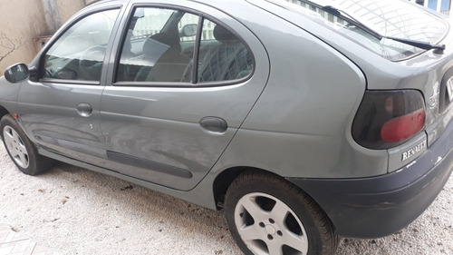 Imagem 1 de 7 de Renault Megane 1.6