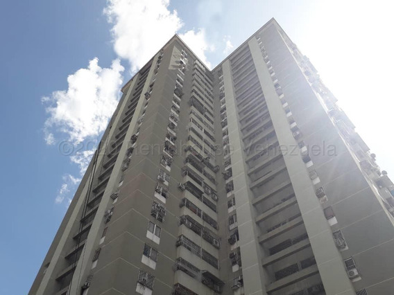 Apartamento En Venta En Centro De Maracay #20-24981 Aea