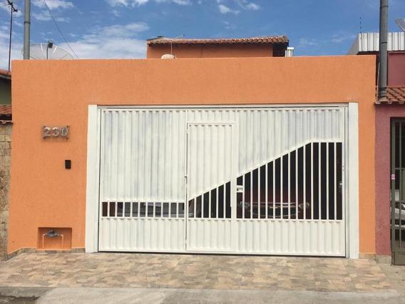 Casa Residencial À Venda No Bairro São Carlos Em Pouso Alegre Mg - Cs437v
