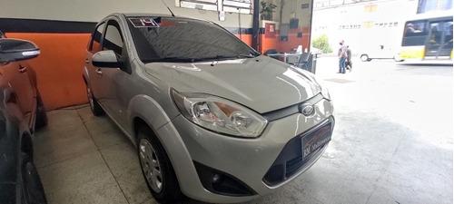 Ford Fiesta 1.6 Rocam Se Plus Flex 5p 2014