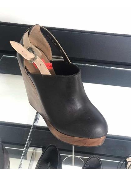 Zapato De Piel Y Plataforma Estilo Madera