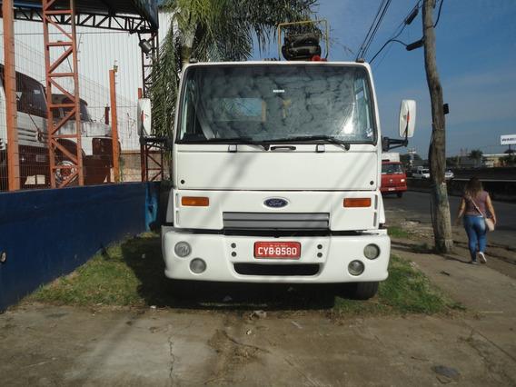 Cargo 1622 Basculante Com Guarra
