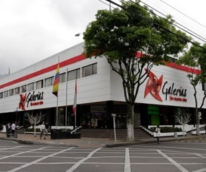 Local Primer Piso Centro Comercial Galerias