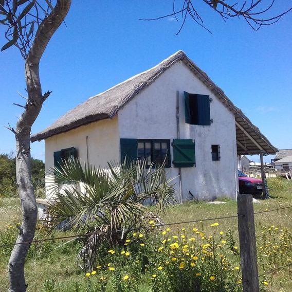 Dueño Vende Casa En Valizas.