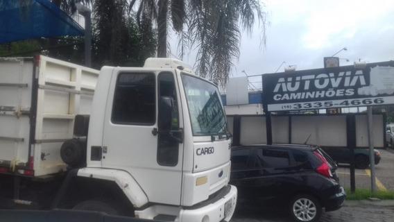 Ford Cargo 2422 6x2 Graneleiro