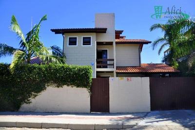 Casa Com 3 Dormitórios À Venda, 210 M² Por R$ 900.000 - Rio Tavares - Florianópolis/sc - Ca1027