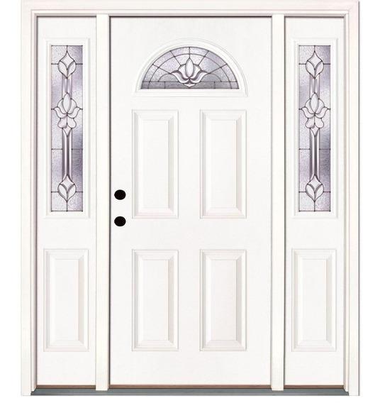 Puerta Principal Clásica Con Cerradura Inteligente Y Moldura