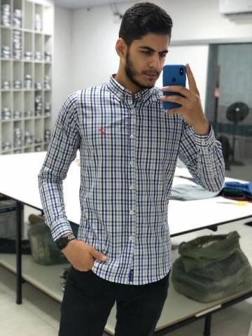 Camisa Listrada Slim Fit,Manga Longa Tamanho M 100 % Algodã