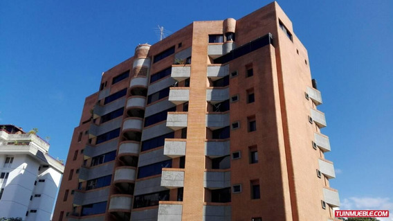Apartamento En Alquiler Valle Arriba