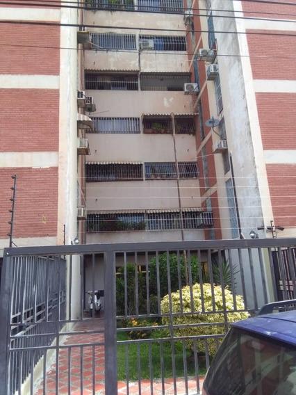Apartamento Los Caobos Maracay 04121990235