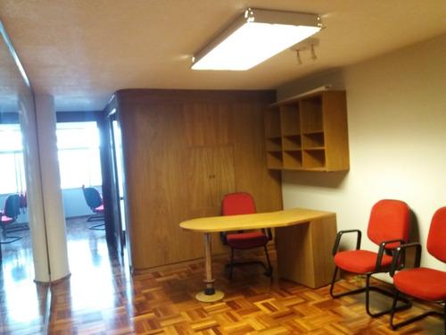 Dueño Vende Impecable Oficina O Cons.excelente Edificio