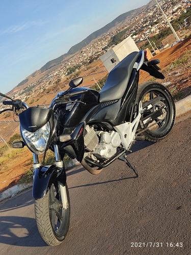 Imagem 1 de 6 de Honda Cb 300r