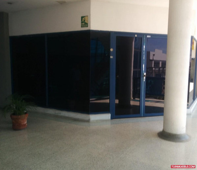 Local Comercial 50m2, En El C.c.intercomunal Center, Maracay