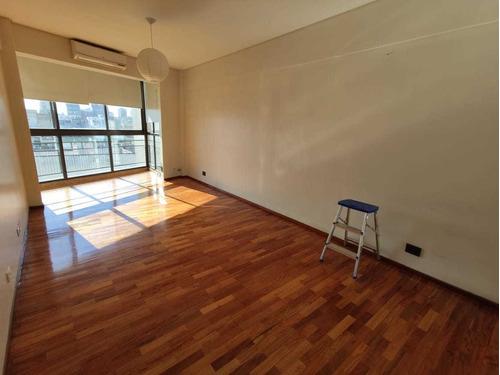 Alquiler - Departamento 2 Ambientes Con Balcon - Belgrano