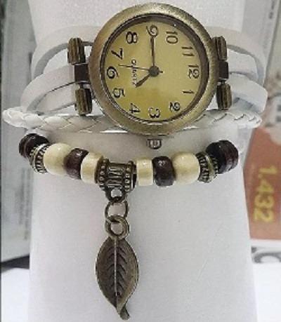 Relógio Pulseira Branca Com Pingente Feminino Frete Barato