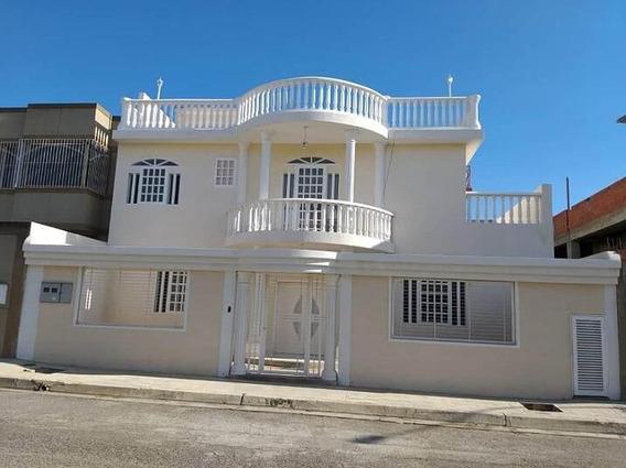 Casa En Venta En Caracas Urbanización Vista Alegre Rent A House Tubieninmuebles Mls 21-120